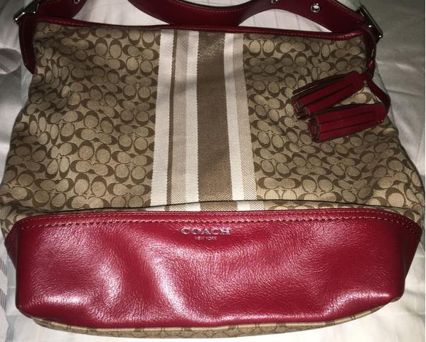 c1ddb23801b Coach Authentic Chelsea Burgundy Signature Shoulder Bag in Newnan ...